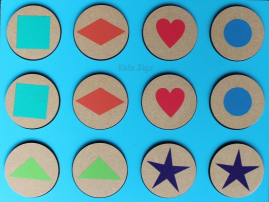 Baby shapes matching pieces face up